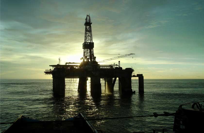 作为中国依赖的重要能源来源地之一,安哥拉向中国每年出口石油量由1620万吨增至近4000万吨,是除中东的沙特外向中国出口石油最多的国家。SP Macaulay 摄_中国掮客CIF