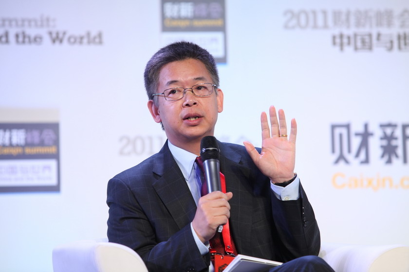 11月11日,北京,巴克莱资本董事总经理及亚洲新兴市场经济研究部首席经济分析师黄益平。 财新记者 牛光/摄_拯救债务危机