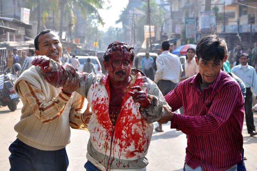 豹子闯印度居民区 男子徒手搏斗 - 飘尘和飘絮 - 飘尘和飘絮