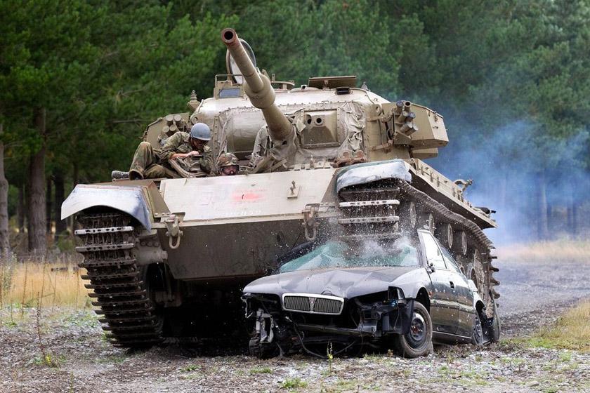 """英国制造的""""百夫长""""(centurion)主战坦克"""