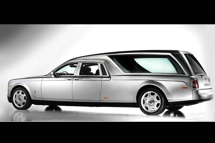 意大利公司定制劳斯莱斯灵车 预计售价超400万