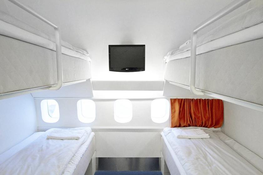 瑞典波音客机改造飞机旅店;; 建在波音747飞机上的酒店;   图4:jumbo