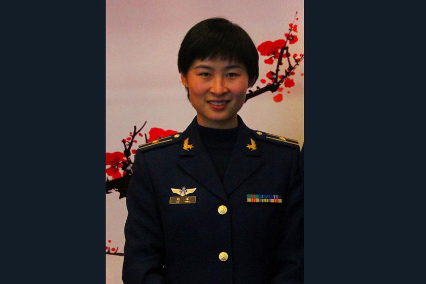 中国首位女航天员候选人照片曝光