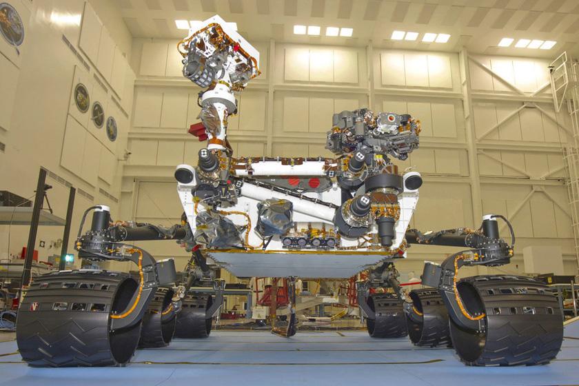 """火星车图片_美国""""好奇号""""探测器成功登陆火星_图片频道_财新网"""