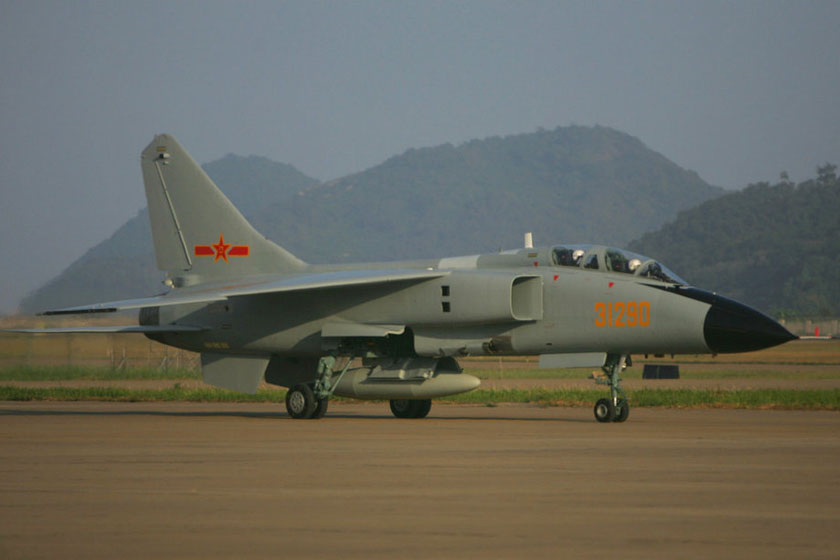 2012珠海航展时间_珠海航展上的中国战机_图片频道_财新网