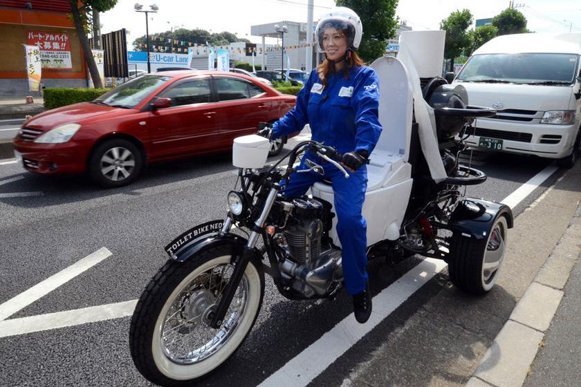 日本推出马桶摩托车 粪便做燃料时速80公里