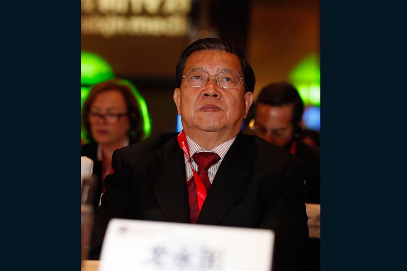 11月16日,2012财新峰会开幕式,嘉宾龙永图。    王攀/财新记者_2012财新峰会开幕式