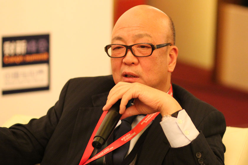 11月16日,高盛高华证券有限公司董事长、厚朴投资董事长方风雷主持。   王可/财新记者_议题:PE的问题
