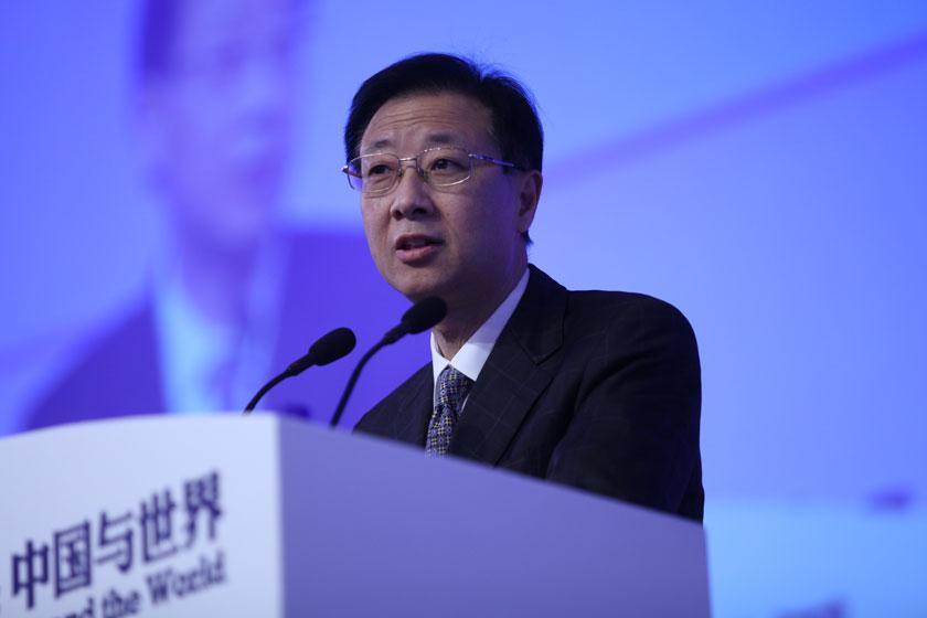 11月17日,中国证券监督管理委员会副主席姜洋做主题演讲。    牛光/财新记者_议题:多层次资本市场