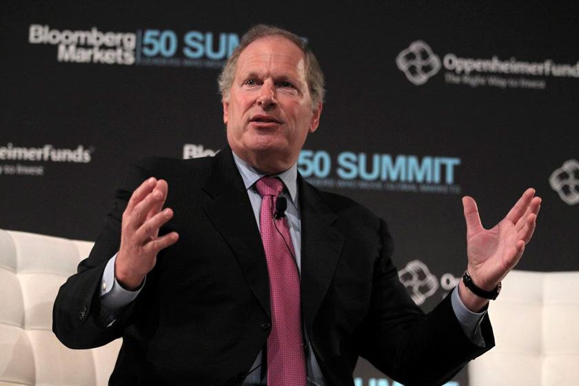 资料图:高德威(David Cote),2002年担任霍尼韦尔国际公司CEO,平均薪水2500万美元。    CFP_薪酬最高的CEO们