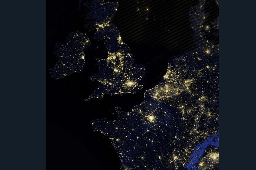 nasa公布迄今最清晰夜晚地球卫星画面