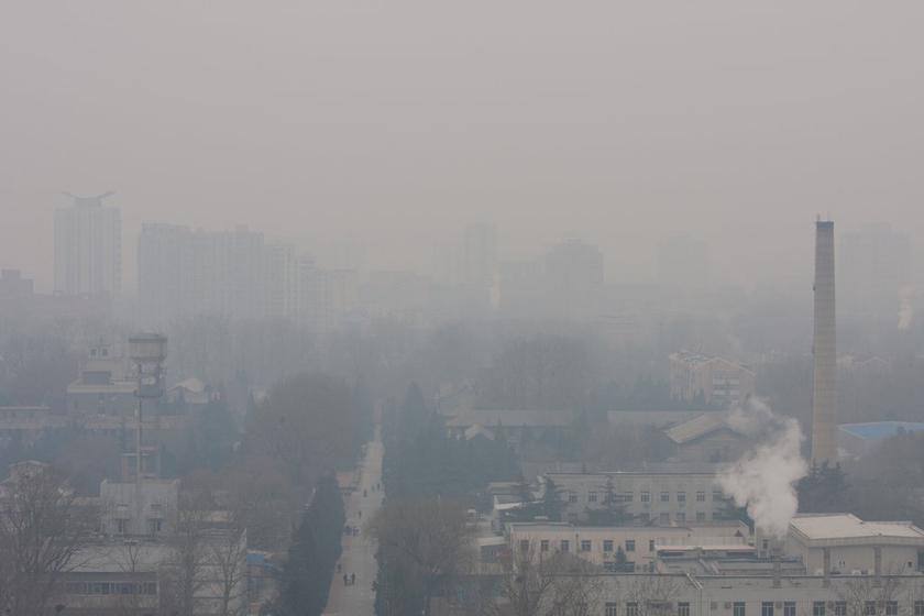 摄影师连续一年同一地点拍摄北京天气