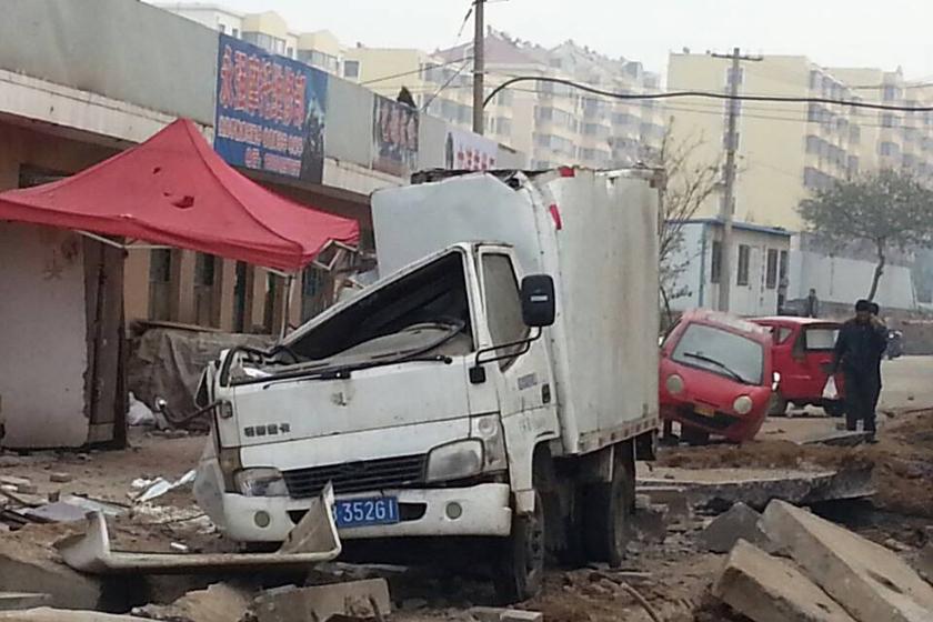 记者目击中石化青岛管道v管道事故现场今天字图纸怪图片
