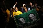 南非民众悼念曼德拉