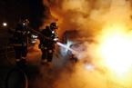 法国2014新年之夜再度出现焚烧汽车行为