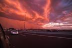 特大沙尘暴袭击美国凤凰城