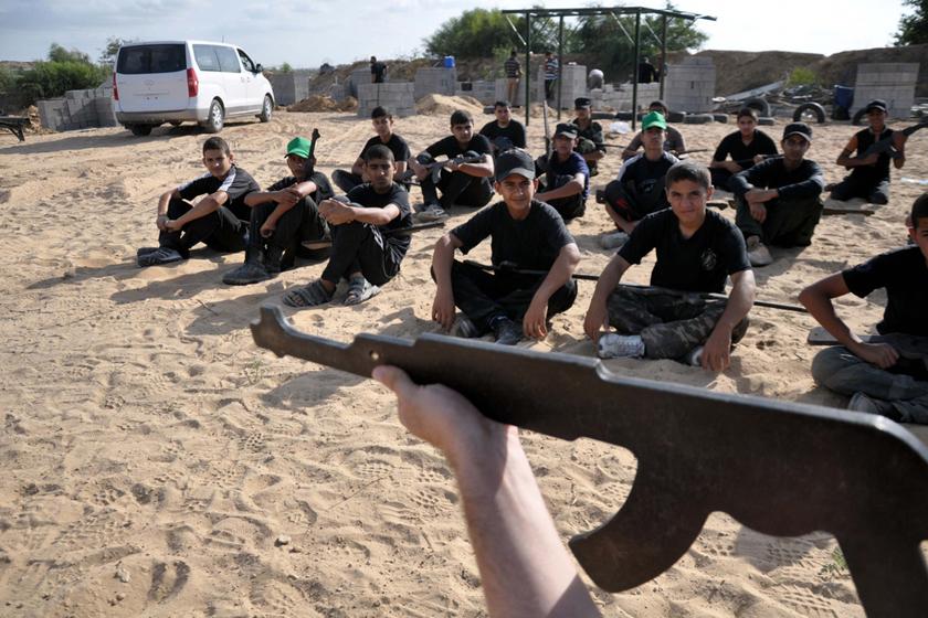 成都青少年军事训练营哪家好