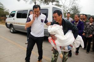 江西弋阳3名小学生放学路上遭砍杀