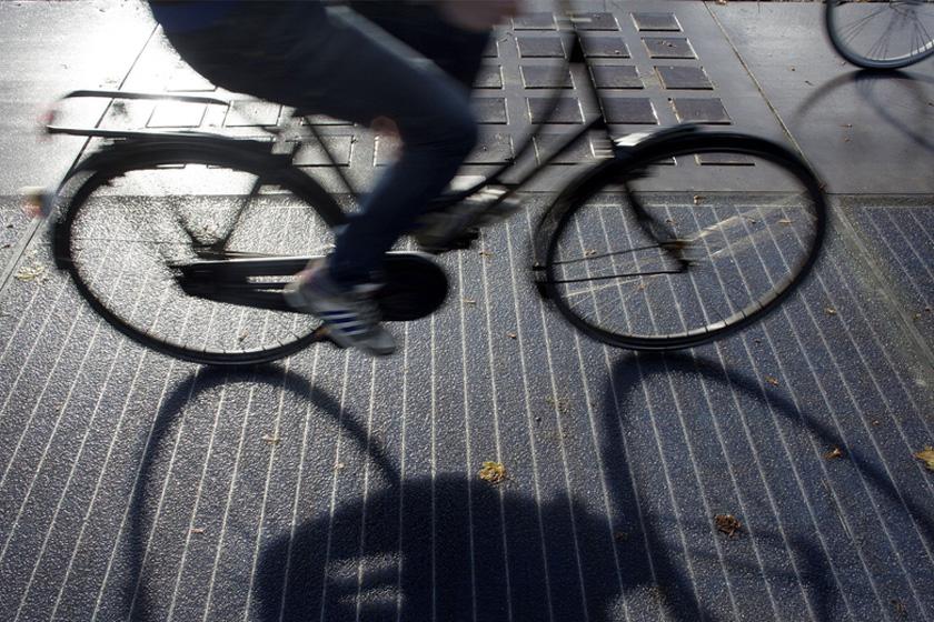 [资讯] 荷兰太阳能单车道 夜晚繁星闪烁(18P) - 路人@行者 - 路人@行者