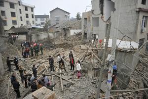湖南张家界一民居发生爆炸 致13人受伤