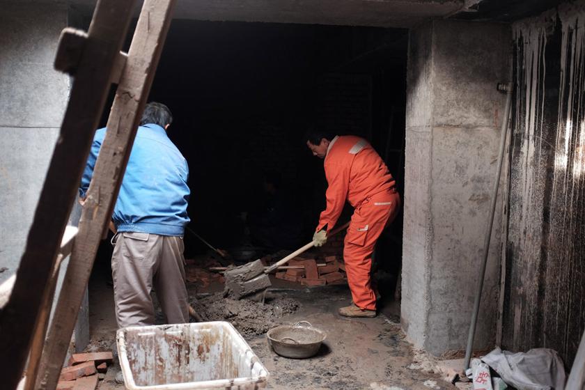 北京四合院私挖地下室成风 (18)