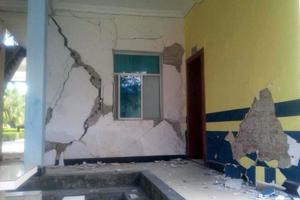云南沧源发生5.5级地震 房屋墙体受损