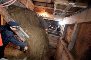 北京最牛违建地下停车楼回填