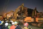 台南地震被埋者仍过百人 建商遭检方拘提到案