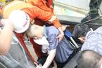 深圳一超市扶梯突然塌陷