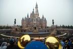 迪士尼:上海园区游客突破700万