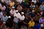 马来西亚民众聚集朝鲜使馆 呼吁保持朝马友好关系
