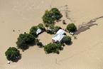 澳大利亚遭洪水肆虐 房屋被淹城市一片汪洋