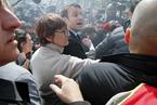法总统候选人马克龙造访惠而浦工厂