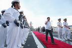 中国海军舰队访问菲律宾 杜特尔特登舰参观