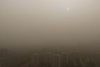 北京发布沙尘蓝色预警 扬沙致能见度明显下降
