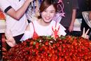 女大胃王狂吃40斤小龙虾