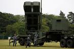 """日本在朝霞兵营进行""""爱国者3""""部署训练"""