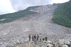 财新探访茂县垮塌救援现场 专家称被掩埋者生还概率低