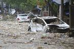 陕西榆林遭遇罕见暴雨 灾后县城一片狼藉