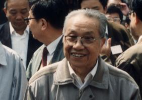 """""""改革老人""""安志文"""