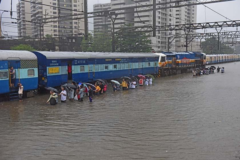 印度洪水灾情严重 致比哈尔邦514人死亡