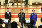 十九大在京开幕 党代表接受媒体采访