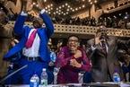 津巴布韦议会宣布穆加贝辞职 议员欢呼
