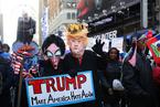 美国民众时代广场游行抗议特朗普歧视言论