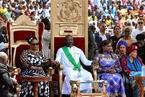 前世界足球先生乔治·维阿宣誓就任利比里亚总统