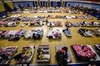 花莲地震遇难者增至9人 民众在体育馆避难