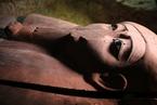 埃及发现大型墓地 距今3000年现众多宝藏