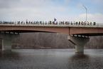 美学生徒步80千米至众院议长家乡 呼吁控枪