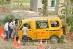 印度校车司机开车听音乐酿车祸 致13名儿童遇难