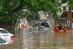 强降雨袭击厦门 多路段积水严重